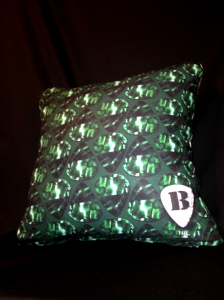 cushion44_bbkg_ura_kadosita800