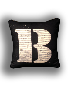 cushion44_betoven_uara_naka