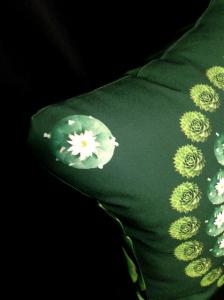 cushion44_peyote_mae_kado