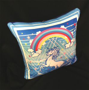 cushion44_unicorn_kadoue_omo