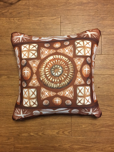 paradise_cushion_brown1