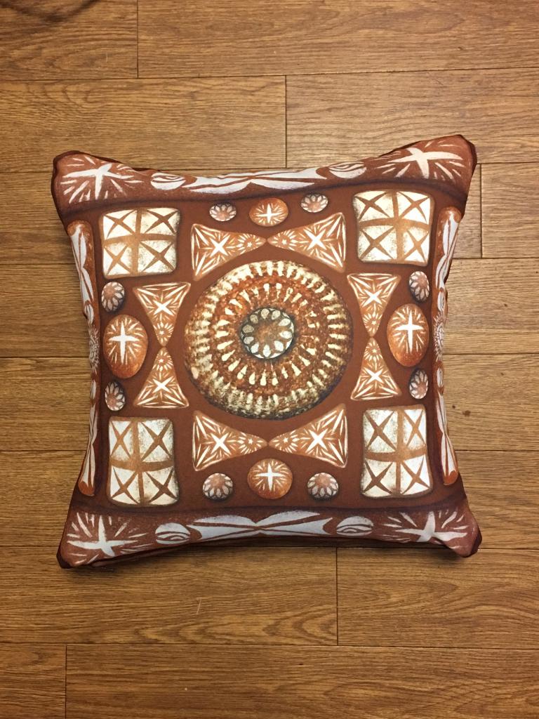 paradise_cushion_brown1